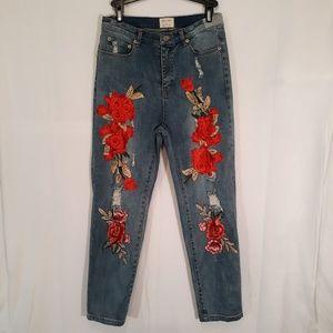 Emory Park Floral Applique Ripped Jeans